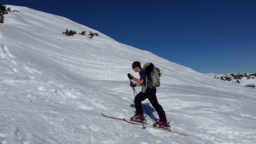 Podejście na szczyt na skiturach