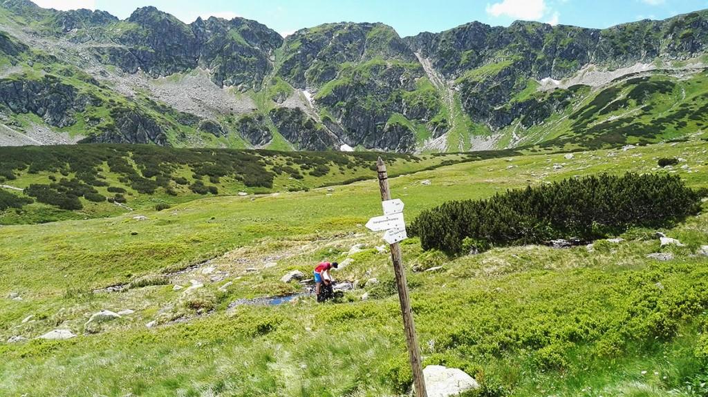Szlak na Szpiglasową Przełęcz z Doliny Pięciu Stawów Polskich