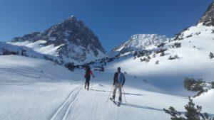 Skitury, czyli narciarska przygoda. Sprawdź jak ją zacząć