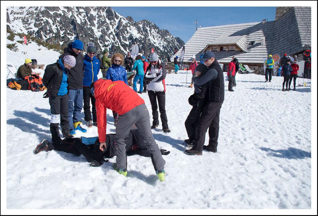 5 Dni Lawinowo-Skiturowe. TOPR. Ratownictwo, pierwsza pomoc górach, przebieg akcji ratunkowej