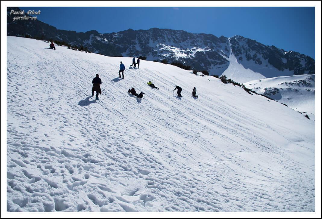 5 Dni Lawinowo-Skiturowe. Turystyka zimowa 1. Raki, czekan - obsługa, zastosowanie