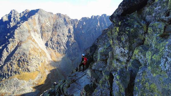 Jaki sprzęt zabrać na Orlą Perć i inne wymagające szlaki?