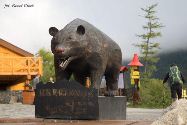 Jaworowy Szczyt. Żelazny niedźwiedź jest symbolem Hrebienoka