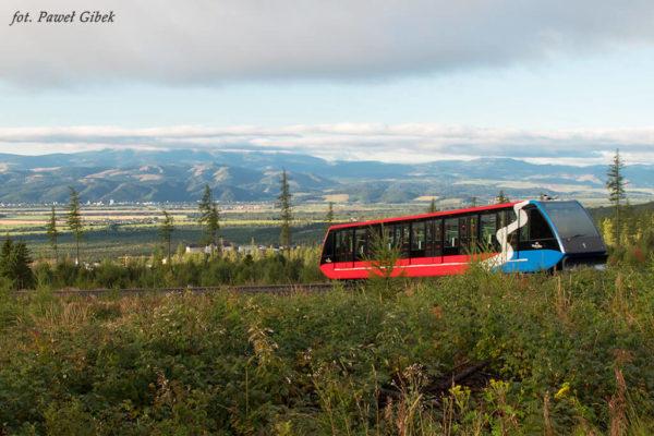 Jaworowy Szczyt. Wagon kolei szynowej na Hrebienok