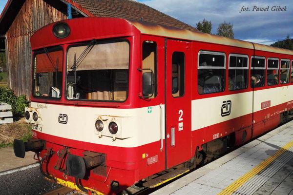 Skalne Miasto Adrspach. Pociąg kursujący do Adršpach