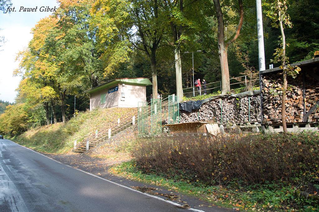 Skalne Miasto Adrspach. Stacja kolejowa