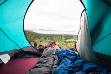 Jaki śpiwór pod namiot