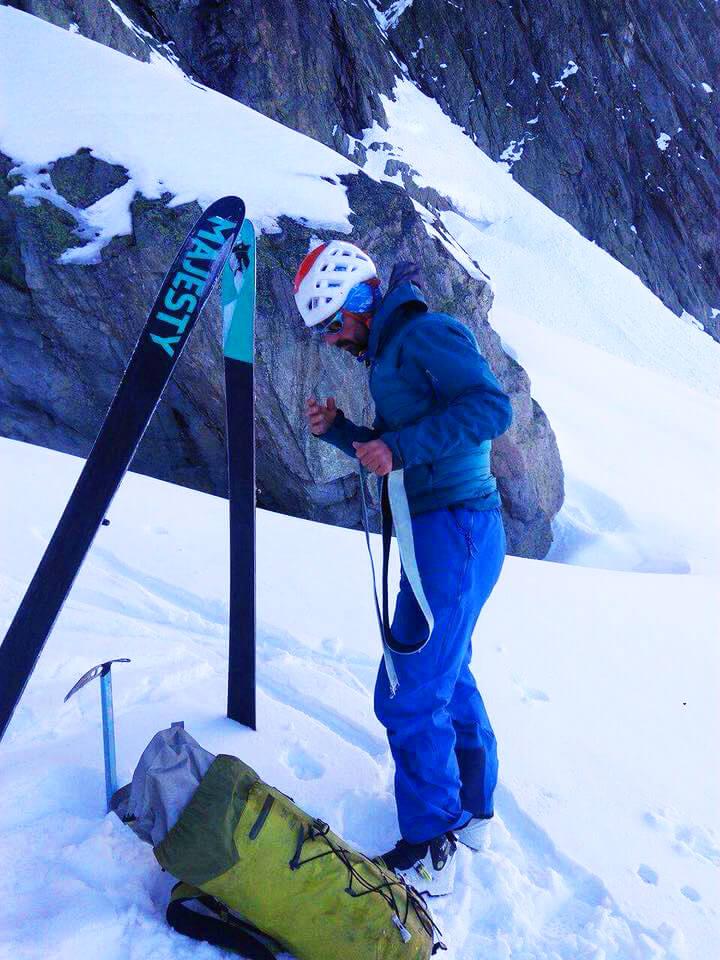 Maciek Ciesielski jeździ na skiturach