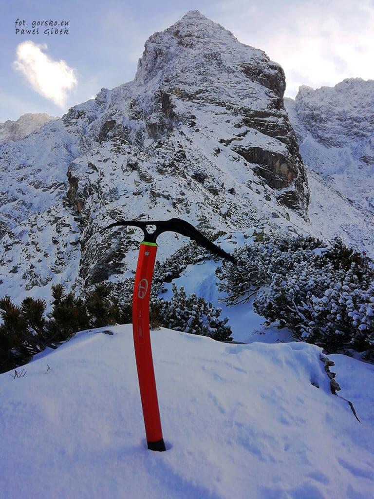 Czekan-Climbing-Technology-Dron-Plus-do-zaawansowanej-turystyki