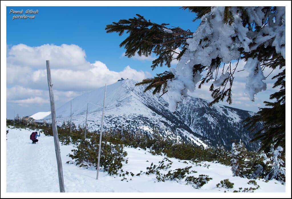 Szlak-na-Sniezke-Czechy-Śnieżka-i-Dom-Śląski-coraz-bliżej
