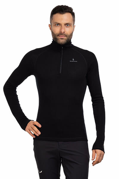 Koszulka-Smartwool-Merino-200-14-Zip-jaka-bielizna-termoaktywna-na-zime