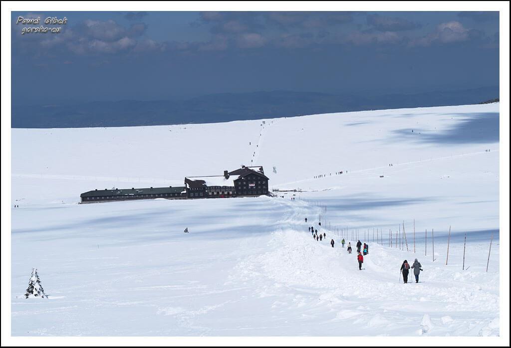 Szlak-na-Sniezke-Czechy-Luční-Bouda