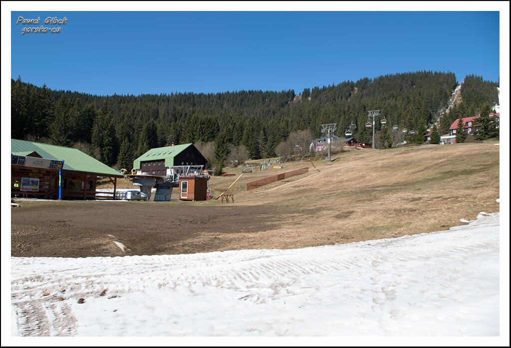 Szlak-na-Sniezke-Czechy-Po-drodze-mijamy-kolej-na-Hnědý-vrch