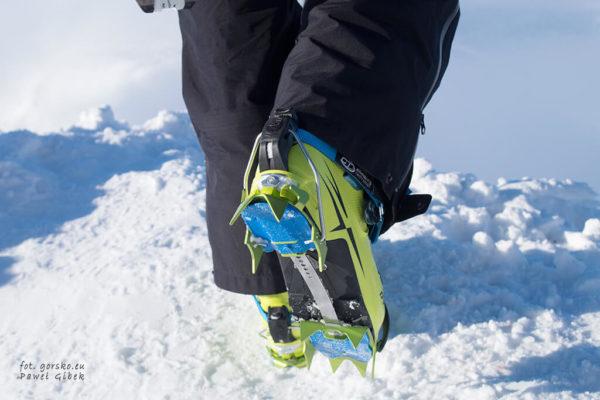 Test lekkich raków skiturowych Climbing Technology Snow Flex