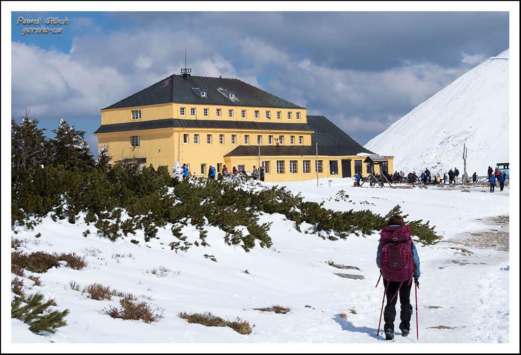 Szlak-na-Sniezke-Czechy-Schronisko-Dom-Śląski