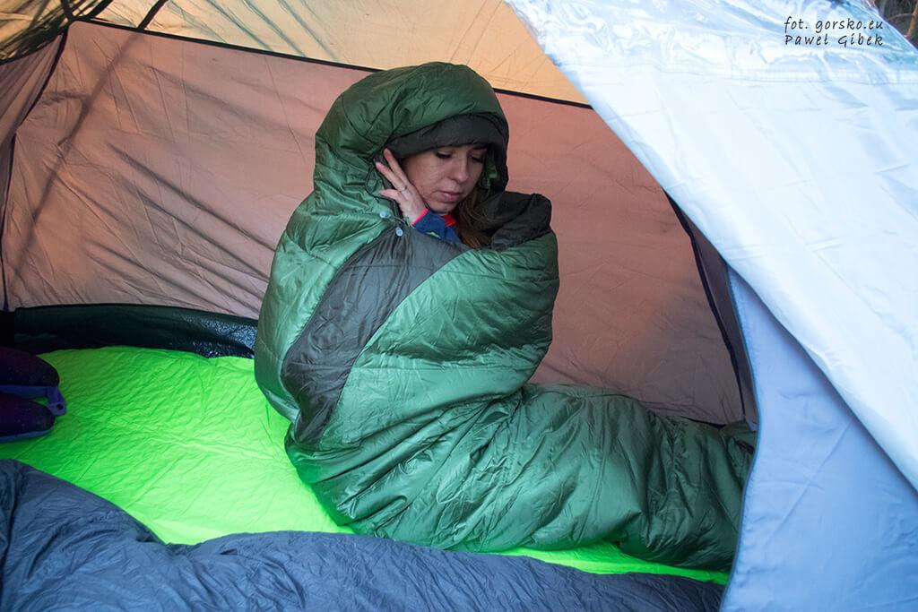 Śpiwór-Marmot-Trestles-sprawdza-się-nie-tylko-pod-namiotem