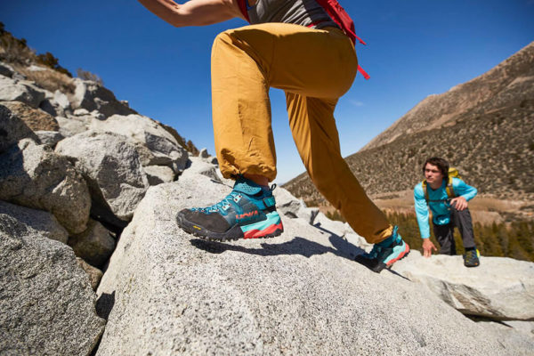 Read more about the article Zobacz buty trekkingowe Hoka One One z nowej kolekcji Sky!