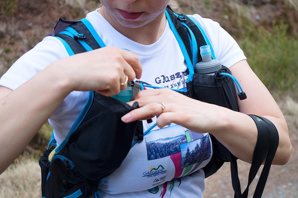 Softflask Hydrapak ma utwardzony spód