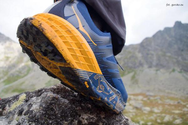 Read more about the article Test górskich butów biegowych Hoka One One Speedgoat 3