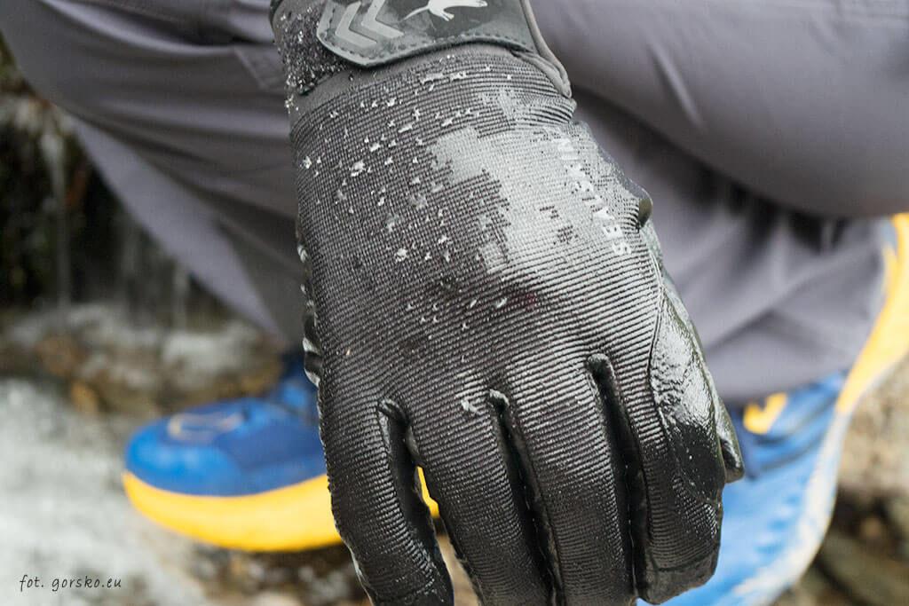 Rękawice wodoodporne Sealskinz Dragon Eye - wodoodporność