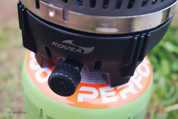 Palnik Kovea Alpine Pot - regulacja mocy gazu