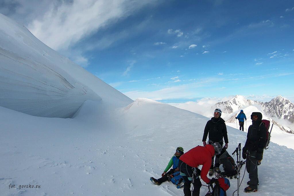 Kazbek - widok spod szczytu
