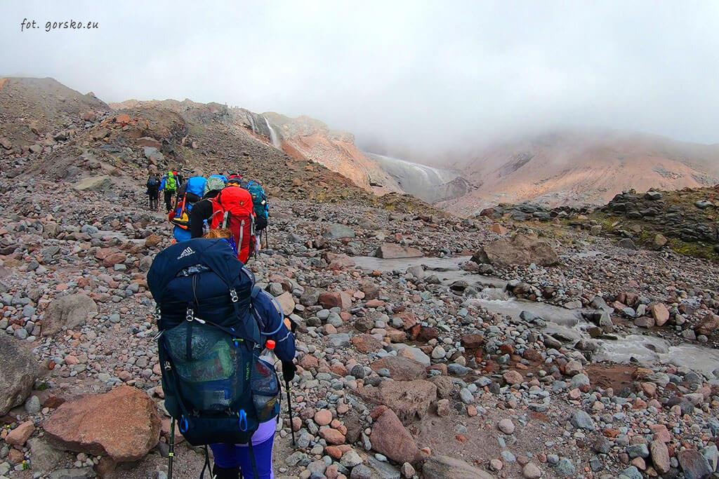Kazbek wejście przed lodowcem Gergeti