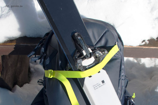 Plecak narciarski Thule Upslope 35 mocowanie górne
