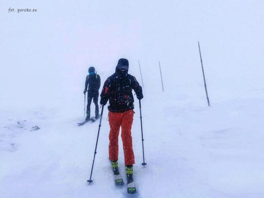 Kominiarka-Columbia-Trail-Summit-II-skitury