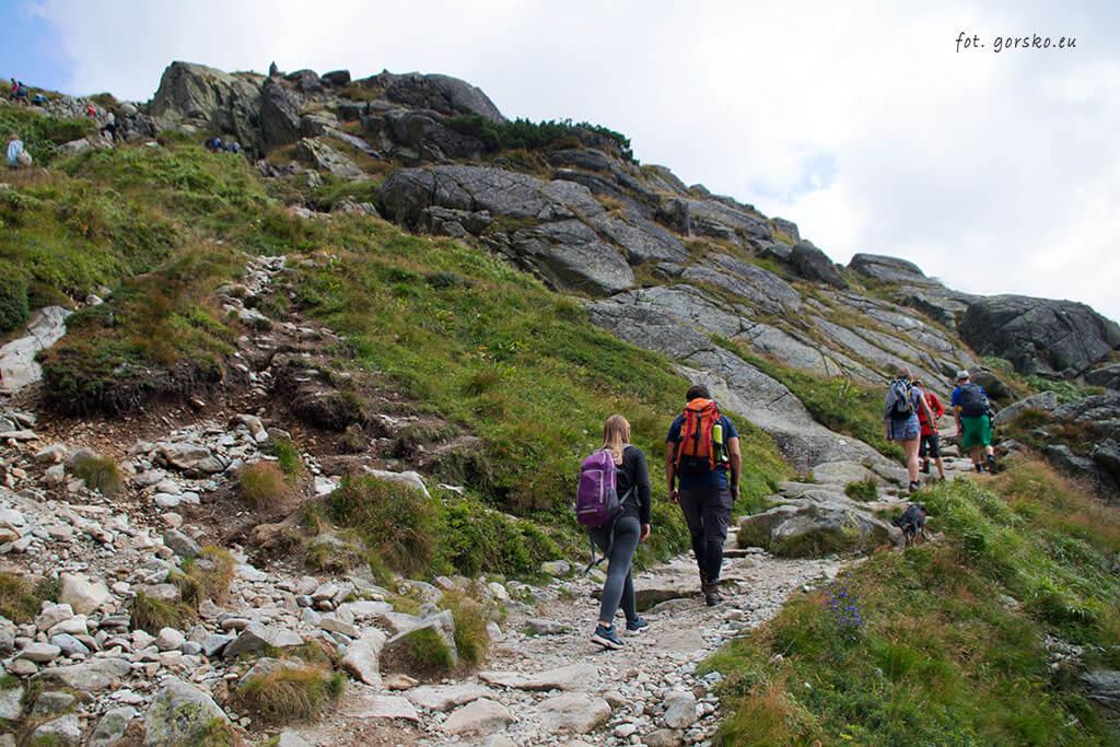 Podejście na próg Doliny Hińczowej