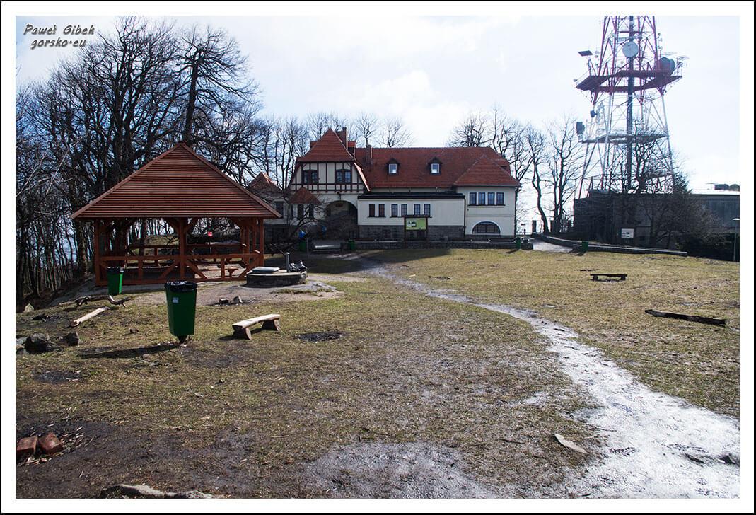 Dom-Turysty-PTTK-na-Ślęży