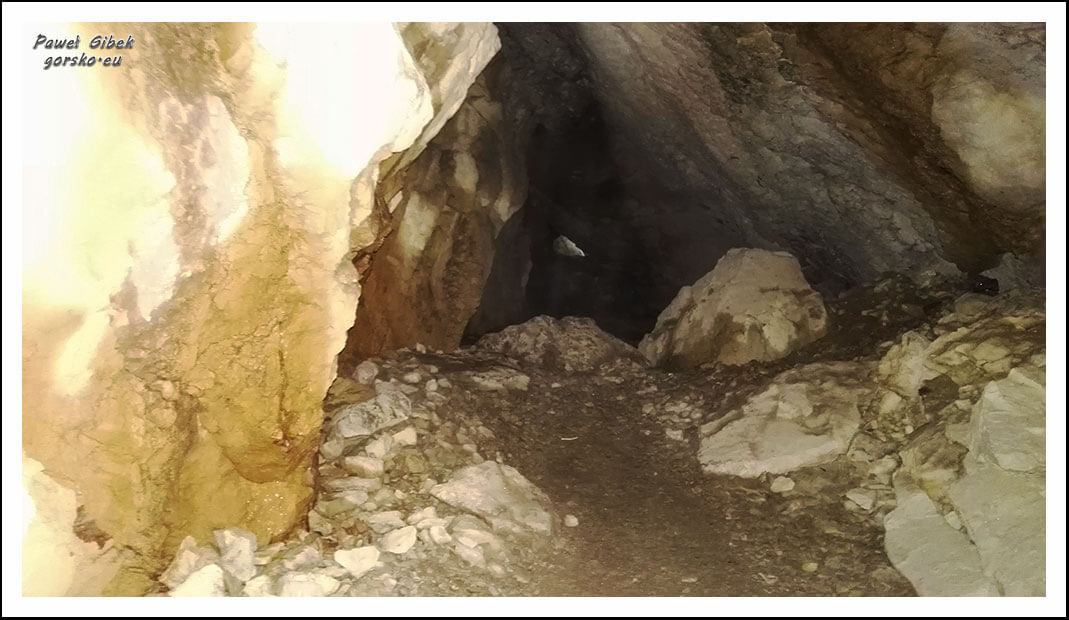 Jaskinia-Mylna