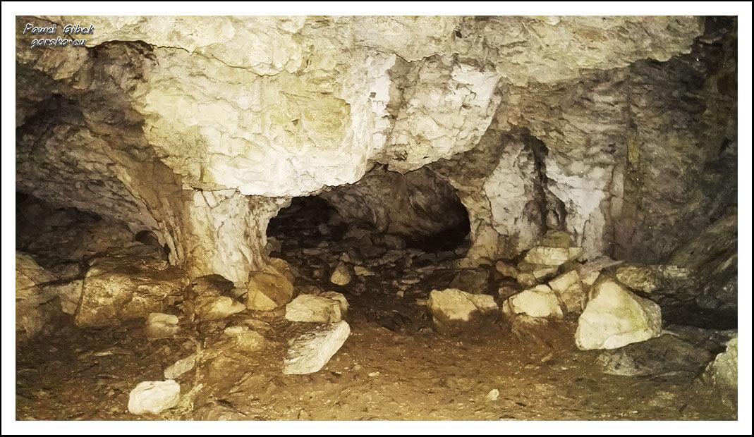 Jaskinia-Obłazkowa-duża-komora