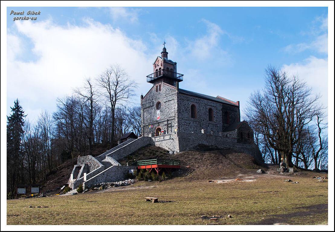 Ślęża-szczyt-kościół