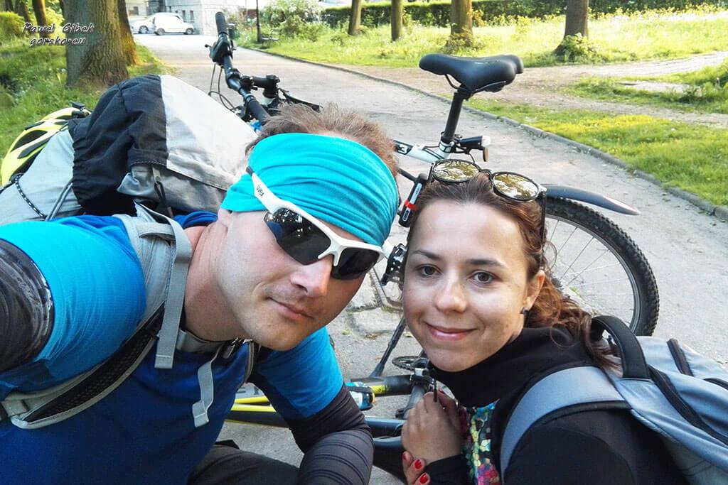 Szlak Orlich Gniazd rowerem. W Krzeszowicach po przejechaniu ponad 150 km