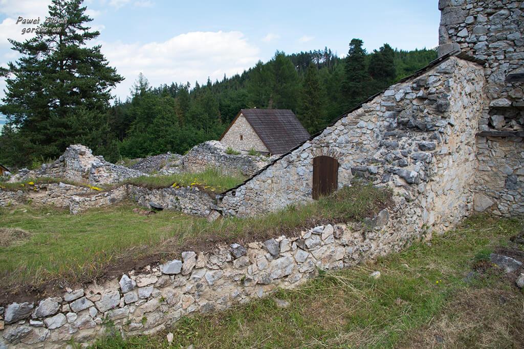 Sucha-Bela-Słowacki-Raj-Ruiny-klasztoru-kartuzów-3